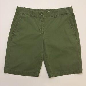Gap Khakis Boyfriend Roll-Up Shorts Sz. 2
